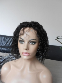brazilian-short-full-lace-wig